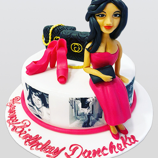 designer bags and shoes cake