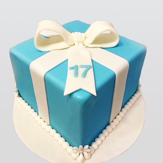 Gift box design cake